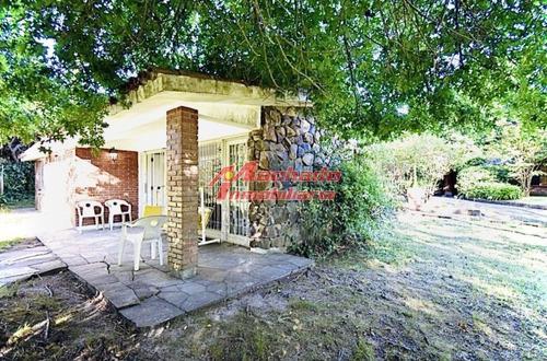 Casa En Zona Playa Mansa- Ref: 6342