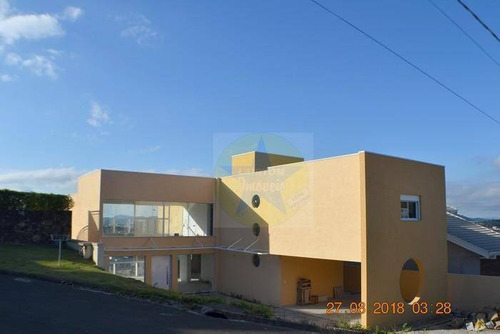 Casa À Venda Em Condomínio Fechado De Alto Padrão - Atibaia - Ca0233