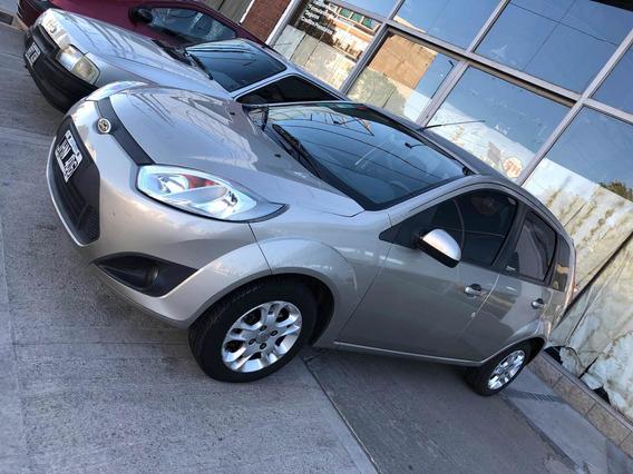 Ford Fiesta 1.6 Edge Plus Mp3 2010