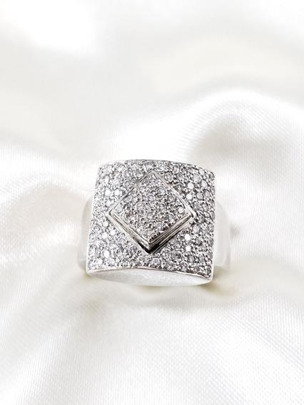 Anel Moderno Pavê De Ouro Branco Cravejado De Diamantes