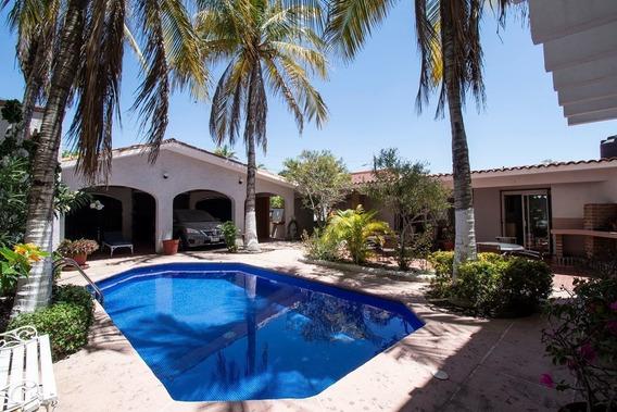 Casa En Venta, México Y Legaspi Fracc. Los Olivos