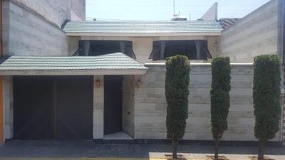 ¡venta De Hermosa Casa Con Excelente Ubicación !