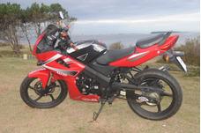 Vendo O Permuto Moto Mondial 200 Cc Buen Estado