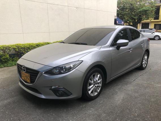 Mazda 3 Skyactive - Touring, Aut - Modelo: 2017 - 33.500km