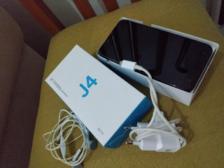 Vendo Samsung J4 Seminovo