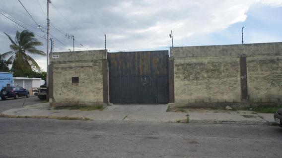 En Alquiler Galpon Industrial Barquisimeto Rah: 20-20605