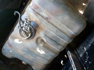 Ruido en el tanque de gasolina