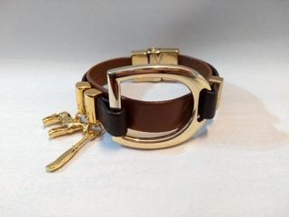 Pulseira Bracelete Flor De Lis Com Couro Semi Joia Numero 7