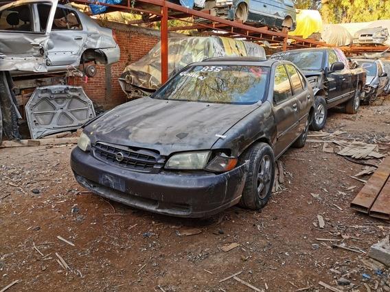 Nissan Altima 2.5 Gxe Aa Tela At 2000