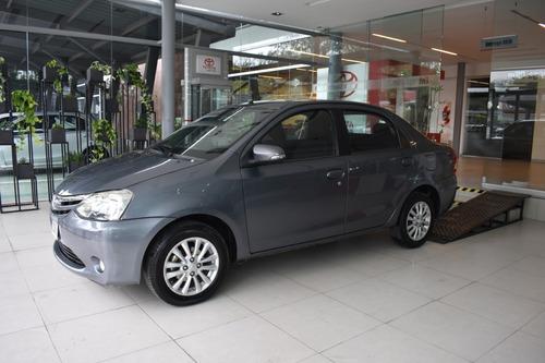 Toyota Etios Xls 4 Ptas Mt - Nafta - 2015
