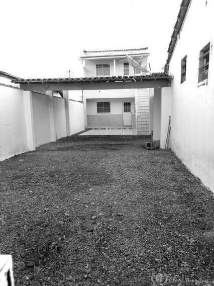 Casa - Padrão, Para Venda Em Teixeira De Freitas/ba - Vc405