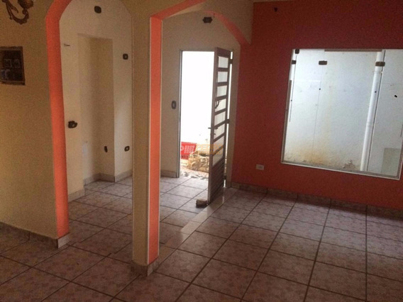 Casa Terrea Tipo Assobrada No Bairro Ferrazopolis Em Sao Bernardo Do Campo Com 03 Dormitorios - V-29579