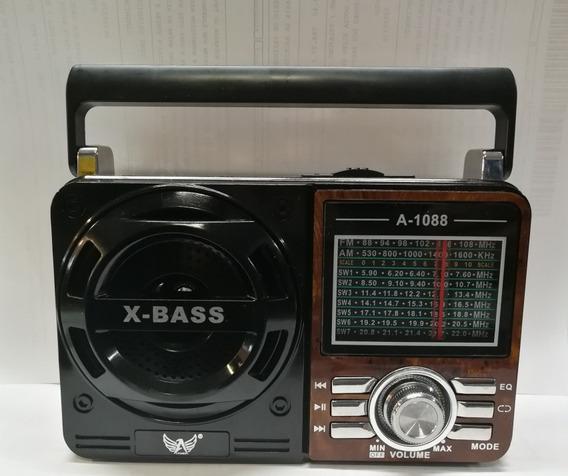 Radio Retrô.usb/fm/am.recarregável.kit Com 10 Unidades.