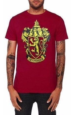 Camiseta Grifinoria Gryffindor Harry Potter Hogwarts Cinema