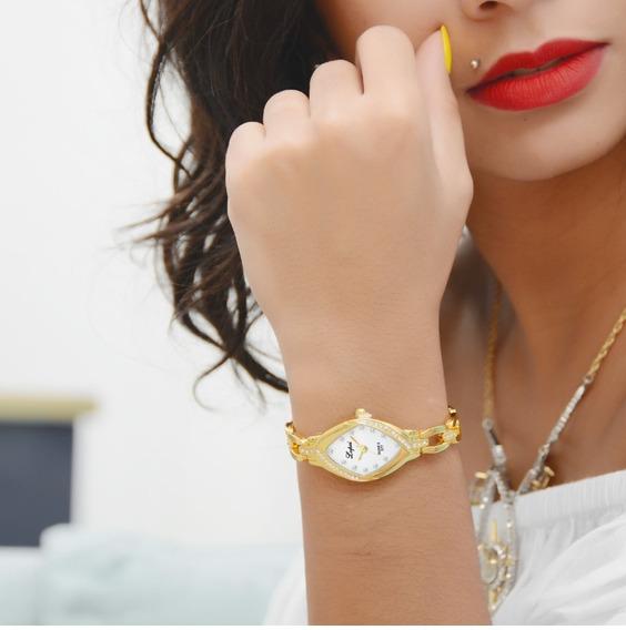 Mulher Relógios De Luxo Quartzo Pulseira Cristal Ocasional