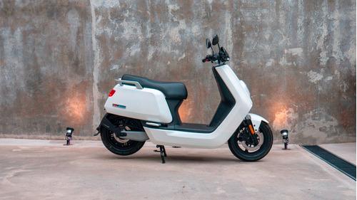 Imagen 1 de 14 de Scooter Electrico Nuuv N Sport - No Super Socco No Sunra