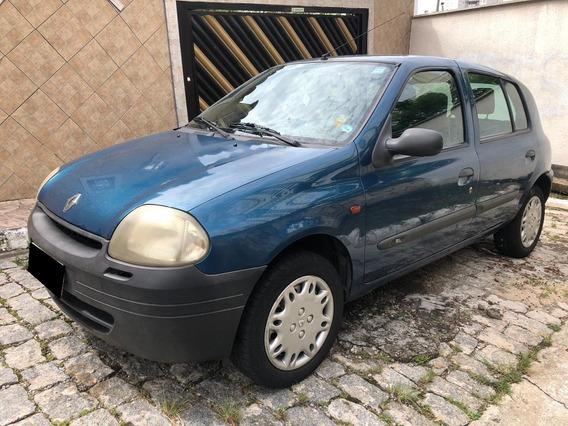 Renault Clio Rn 1.0 16v 4 Portas Ano 2001 Com Ar Condicionad