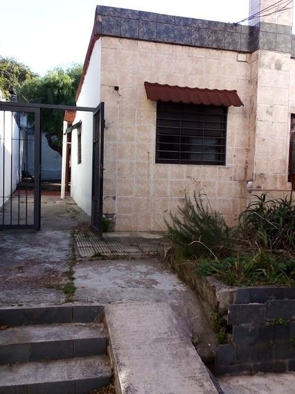 Casa 2 Dormitorios 2 Baños.