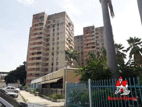 Oportunidad Apartamento Piso Bajo En Av Ayacucho 19-14949