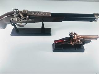 Kit Trabuco Escopeta Revolver Enfeite Retro 50cm Guerra