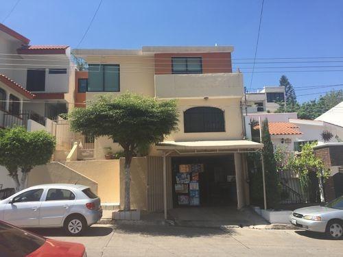 Imagen 1 de 24 de Casa En Venta En Lomas De Guadalupe