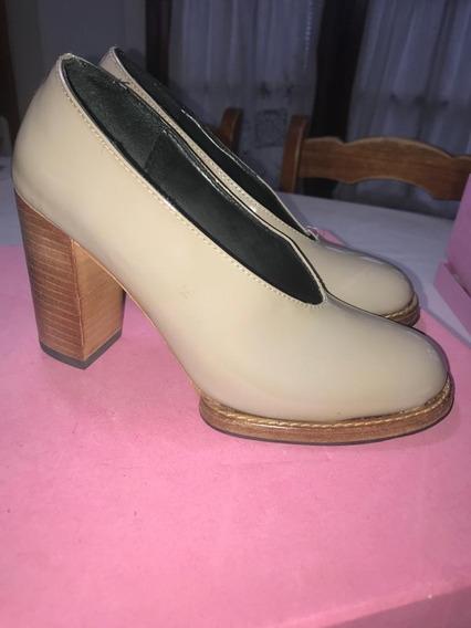 Mishka Zapatos