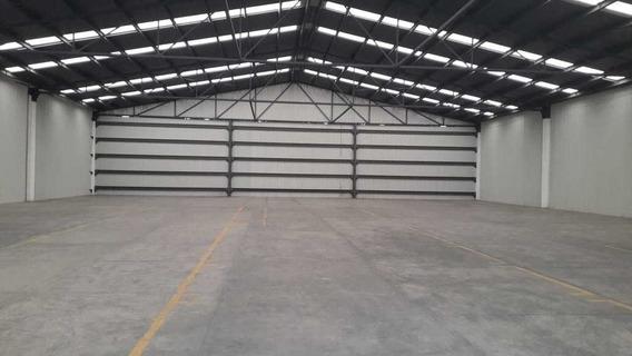 Renta De Nave Industrial 1,200 M2 Xhala