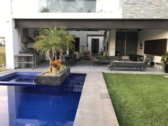 Casa En Fraccionamiento En Paraíso Country Club / Emiliano Zapata - Tbr-797-fr*