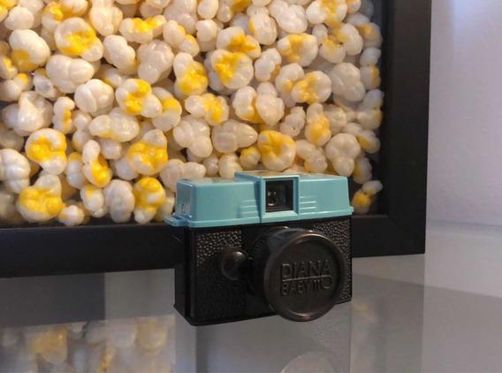 Câmera Fotográfica Diana Baby