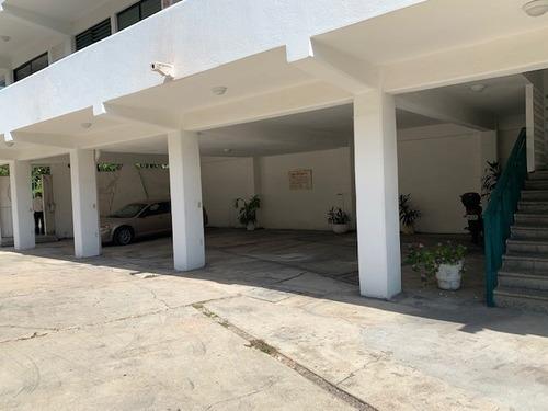 Edificio En Renta, Fracc. Magallanes