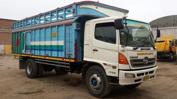 Camion Hino 500 1726 2,013