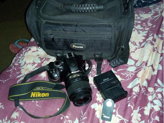 Vendo Camera Nikon