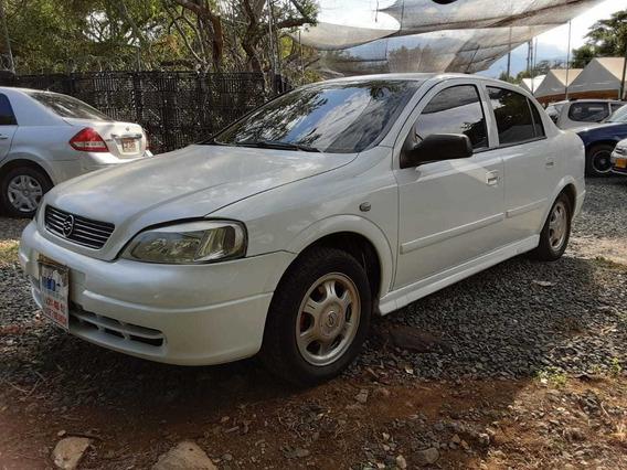 Chevrolet Astra Ls Motor 2.0 2001 Blanco 4 Puertas