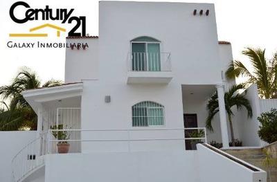 Excelente Casa Habitacion En Exclusiva Privada, Campeche.