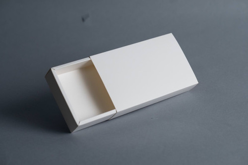 Imagen 1 de 10 de Caja Fosforera Rectangular Grande 17 X 9,5 X 3,4 Cm (x 50 U.) 18 Bombones Trufas Chocolate - Bauletto