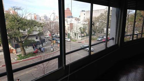 Imagen 1 de 9 de Gran Apartamento De 3dorm Y Serv. Gge Y Box.