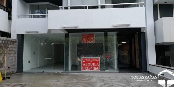 Nva Cba - Local En Alquiler - Frente Al Parque Sarmiento