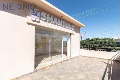 Renta De Locales Comerciales En Col. Arquitos