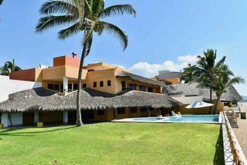 Casa En Venta En Playa Azul