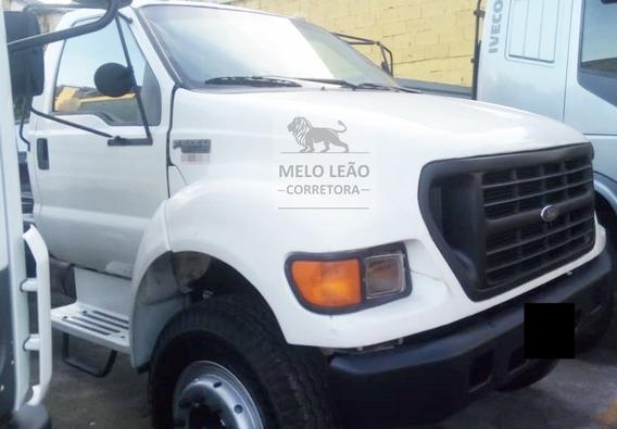 F-16000 - 00/01 - Truck, No Chassi, Bem Calçado, Branco