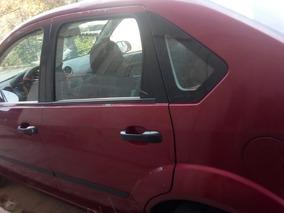 Ford Fiesta 1.6 First 5vel Aa Sedan Mt