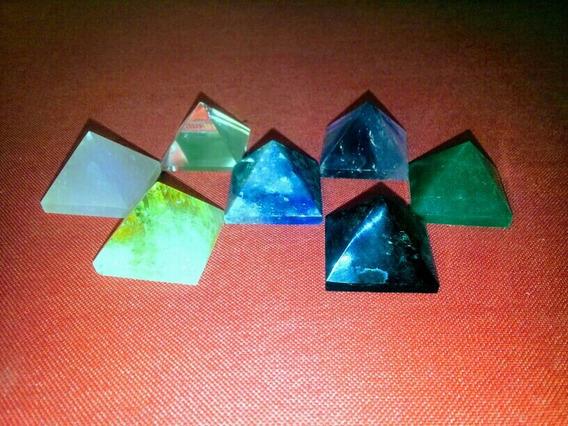 Kit 7 Piramides Pedras Do Chakras Ametista Cristal Obsidiana