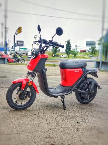 Moto Electrica, Nuuv - U Pro