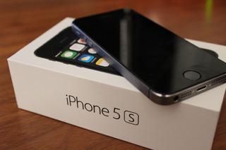 iPhone 5s 16gb Cinza Espacial Excelente Estado + Fones + Car