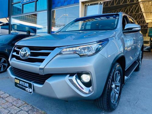 Imagem 1 de 15 de Toyota Hilux Sw4 2.8 Srx 4x4 7 Lugares 16v Turbo