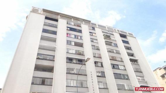 Apartamento En Venta, Los Palos Grandes,19-13830 Mf