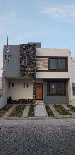 Casa En Venta El Mirador Querétaro