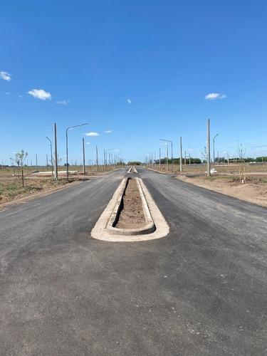 Barrio Ecovida. Venta De Terrenos Con Habilitacion Comercial Sobre Avenida Pavimentada.