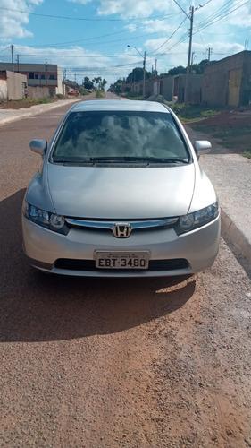 Imagem 1 de 7 de Honda Civic 1.8 Lxs Flex 4p