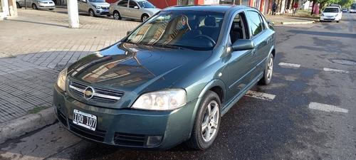 Chevrolet Astra 2.0gl Con Gnc 5p 2009